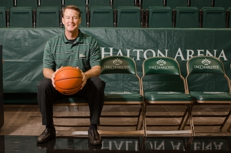 MAIN_MarkPrice_UNCC_HeadCoach-afb70961