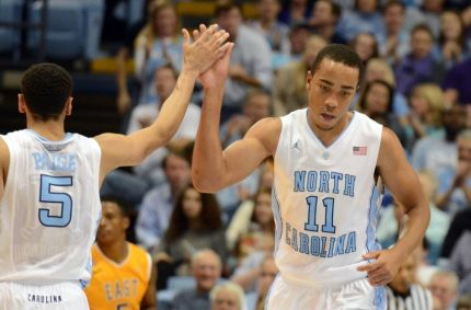 brice-johnson-marcus-paige-ncaa-basketballl-east-carolina-north-carolina-850x560
